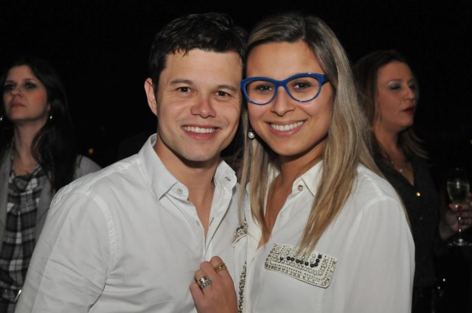 Mauro Moura e Paula Stecca Segamarchi